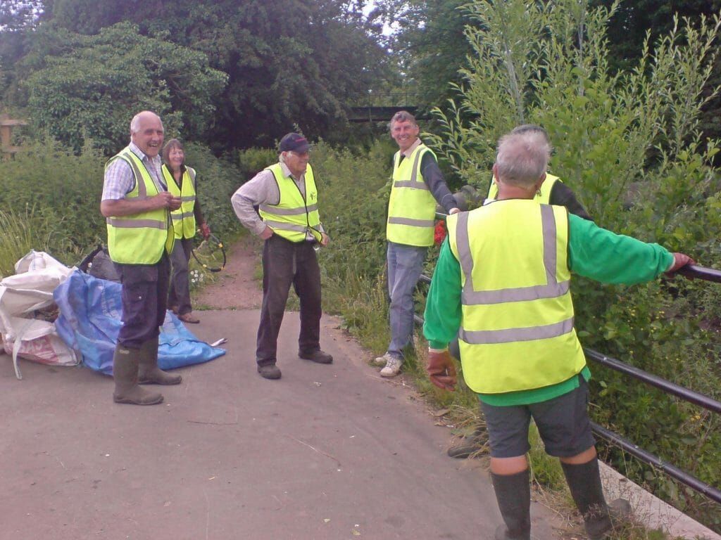 Pickerel Project volunteers by the river in Stowmarket