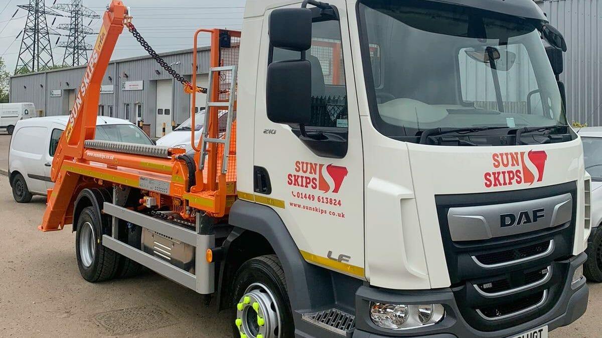 DAF CF lorry for skip hire